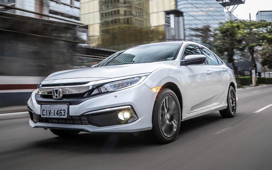 Honda Civic 2020 tem novidades no design