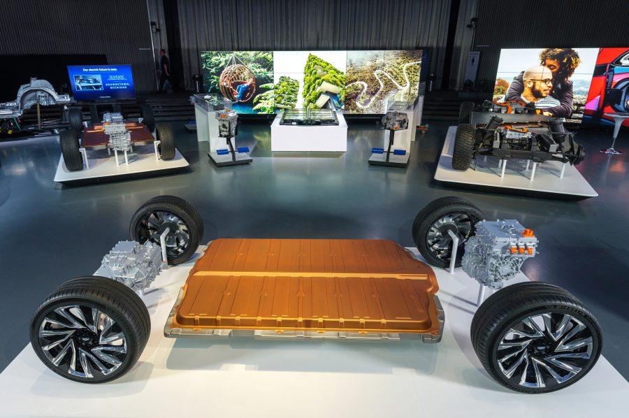 A General Motors revela sua nova plataforma modular e sistema de bateria, Ultium, quarta-feira, 4 de março de 2020, no Design Dome no campus do GM Tech Center em Warren, Michigan. (Foto de Steve Fecht para a General Motors)