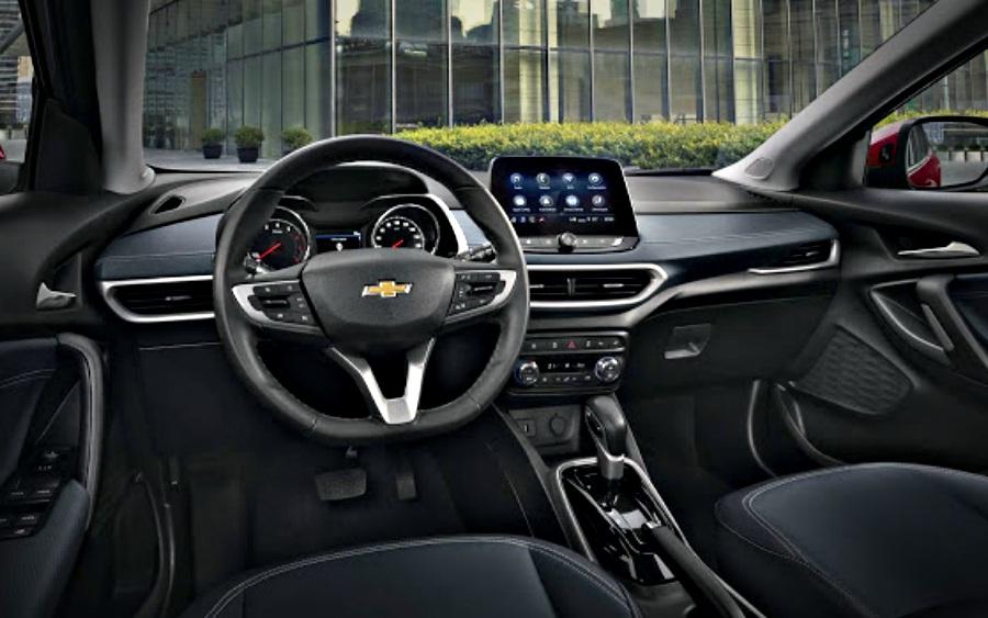 O carro por dentro tem um acabamento bonito que mistura praticidade e elegância (Foto: reprodução)