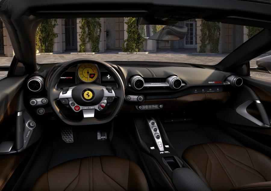 Interior da Ferrari 812 GTS