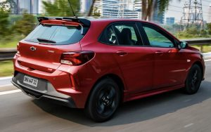 Chevrolet Onix RS 2021 com turbo bacana e visual lindo
