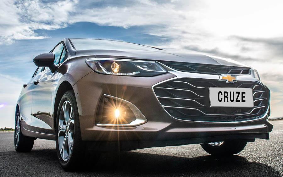 Chevrolet Cruze é uma opção pra quem não está na moda SUV