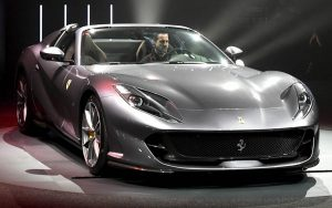 Conheça a Ferrari 812 GTS