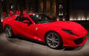 Vídeo: Ferrari 812 GTS é um conversível com 800 cavalos de potência