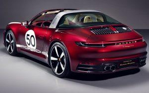 Porsche 911 Targa 4S Heritage Design edition é uma homenageando a tradição