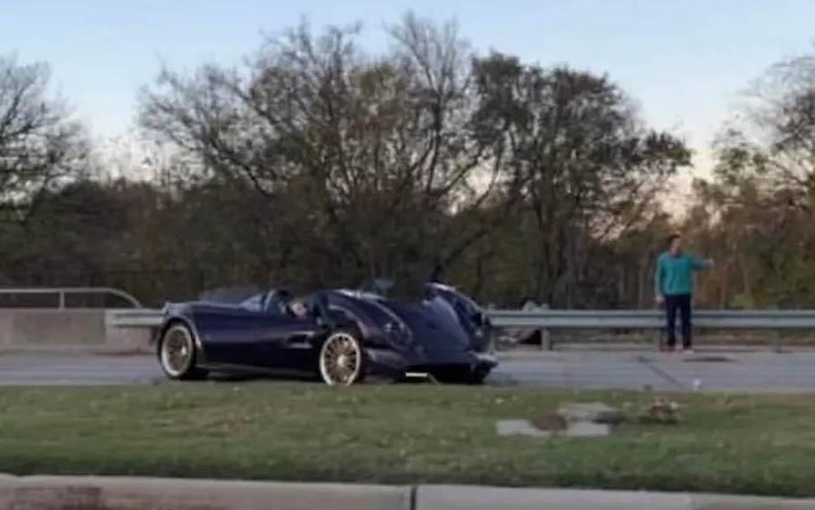 Youtuber destrói carro de R$ 19 milhões do pai