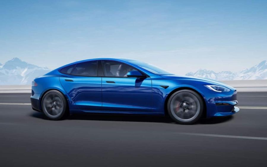 Conheça o novo Tesla Model S, um sedã mais rápido que carro de Fórmula 1