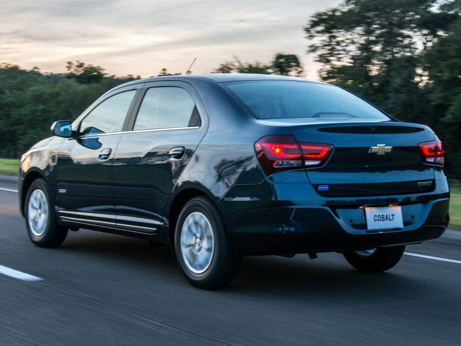 Chevrolet Cobalt 1.8 (foto: divulgação)