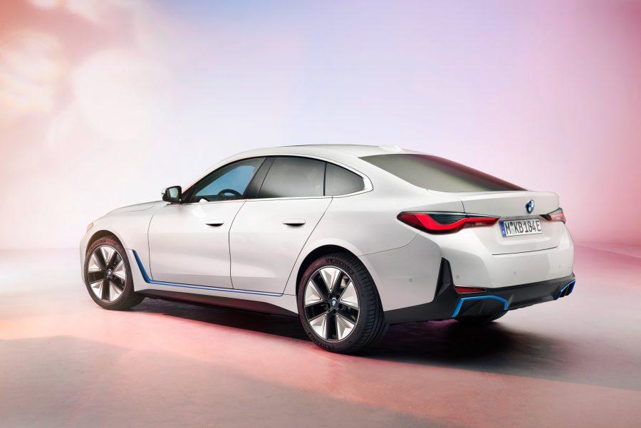 O BMW i4 foi revelado na Conferência Anual do BMW Group.