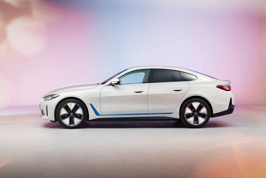 O BMW i4 é um Gran Coupé de 4 portas totalmente elétrico e chegará ao mercado durante o ano de 2021, incluindo um modelo BMW M Performance.