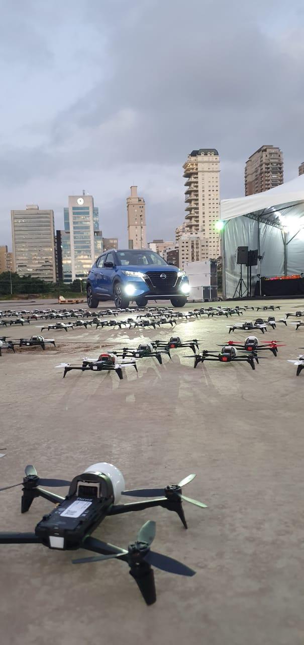 Show de drones que iluminou o céu de São para apresentar o Novo Kicks no Brasil