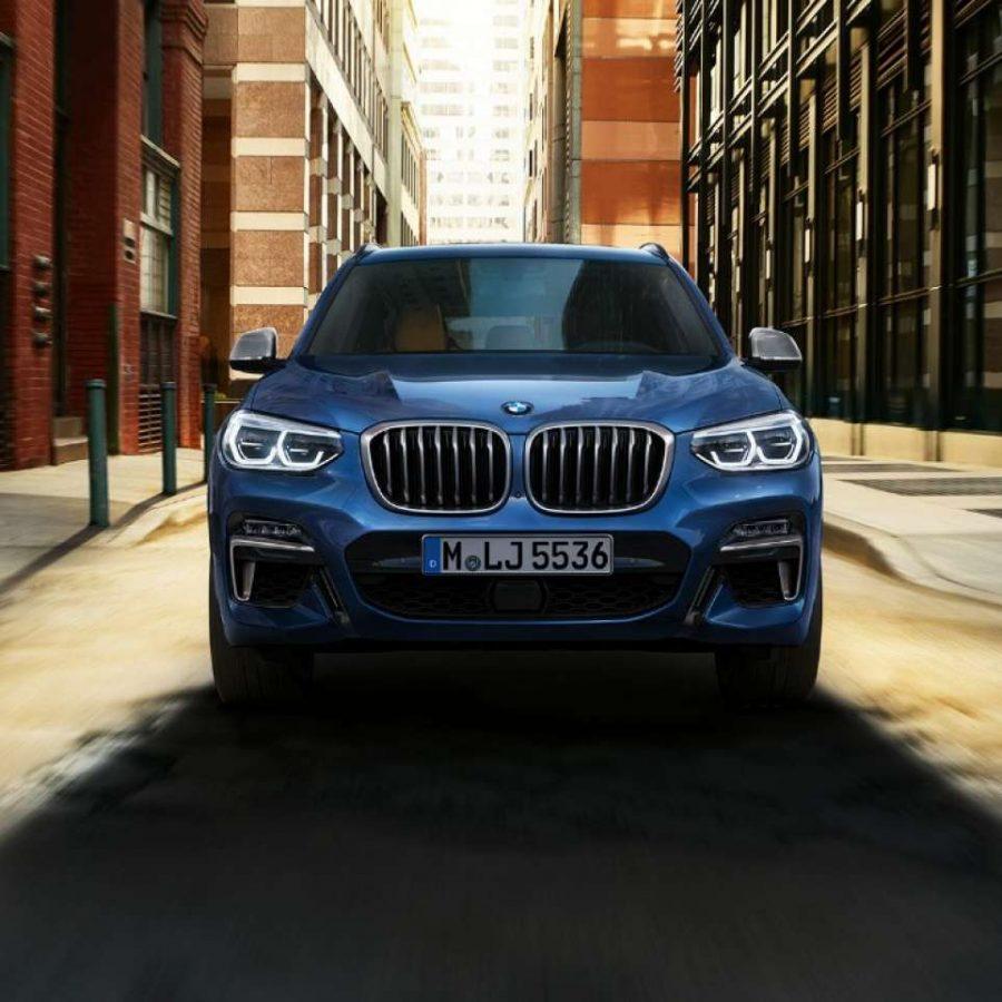O BMW X3 apresenta um perfil esportivo e dinâmico