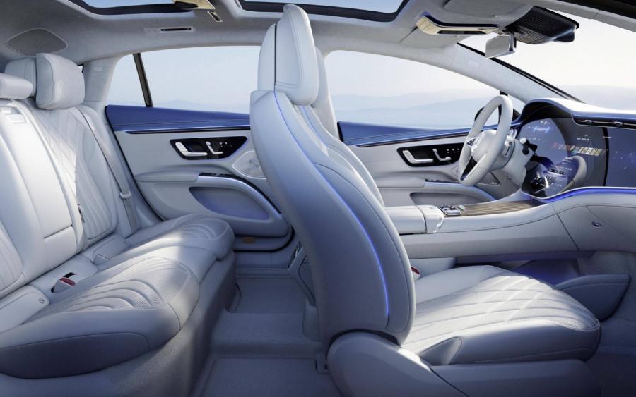 Mercedes EQS tem programas de massagem nos bancos (foto: divulgação)