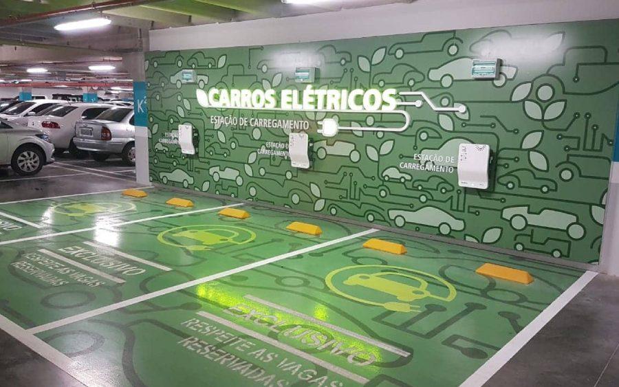 Em São Paulo vagas para carros elétricos são obrigatórias em prédios