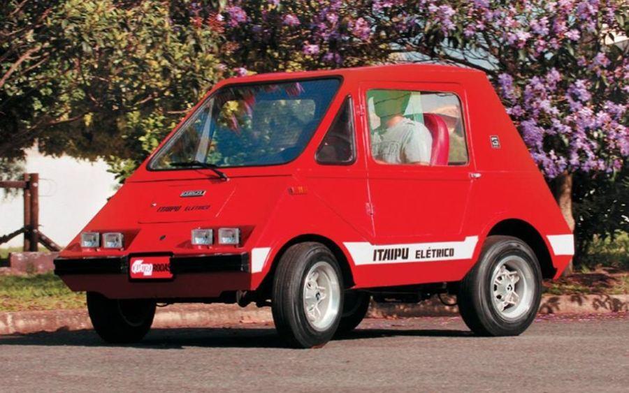 Primeiro carro elétrico brasileiro nasceu em 1969: conheça a história