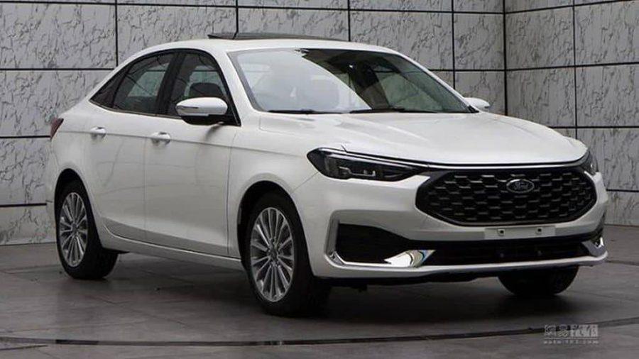 Novo Ford Escort muda bastante com reestilização na China