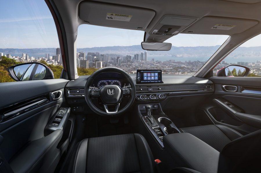 O novo Honda Civic apresenta um novo modelo inovador e que promete tomar conta de suas futuras versões, e o design interno e externo limpos, também fazem parte dessa novidade. Além de toda estrutura e potência que prometem grandes melhorias.