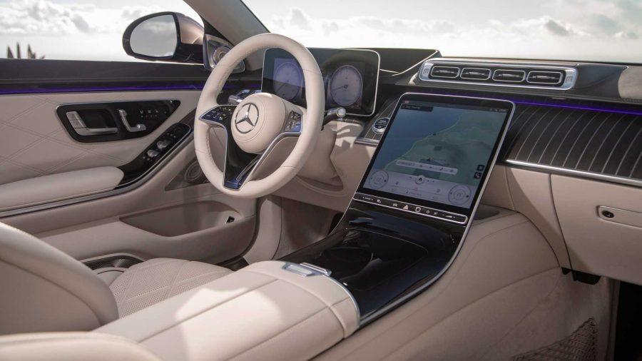 Interior do Mercedes