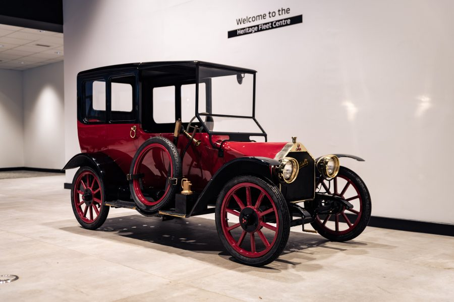 Réplica fiel do modelo Model A de 1917