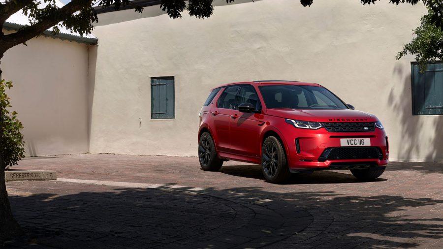Com potência, prazer de dirigir, economia de combustível e refinamento inigualáveis, há uma linha completa de motores a diesel e a gasolina para o Discovery Sport.