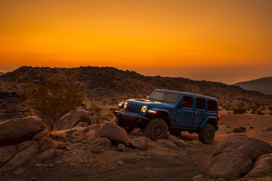 O Jeep Wrangler Rubicon 392 – o Wrangler mais capaz e poderoso da história – conta com potente motor V8 de 6.4l, com 470 cv de potência e 65 kgfm de torque