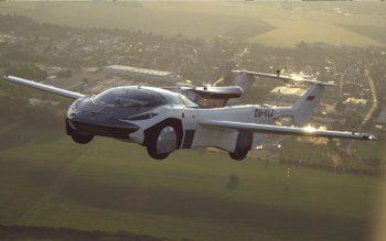 Carro voador AirCar faz seu primeiro voo em momento histórico