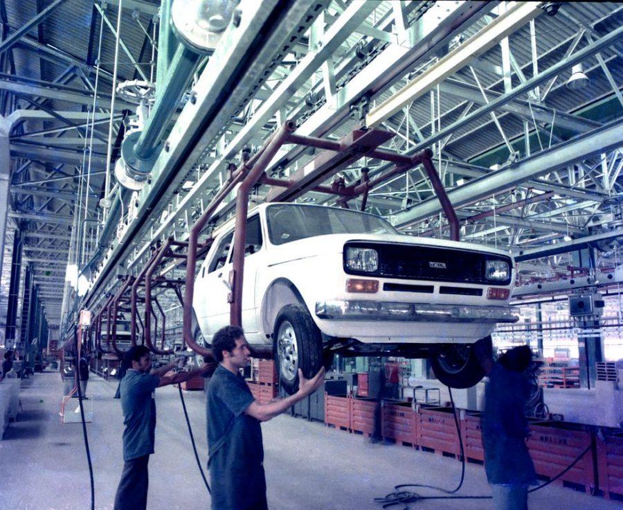 Produção do primeiro protótipo - montagem 1975