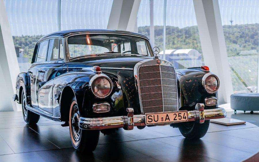 Primeiro chanceler da República Federal da Alemanha usou um Mercedes 300