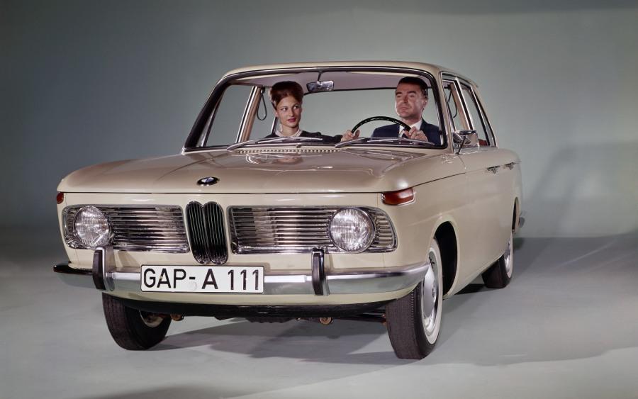 O primeiro sedã pequeno esportivo da BMW